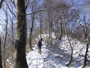 09-1.オゾウゾ山に登る